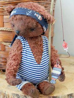Bear Fisher By Evgenia Golikova - Bear Pile