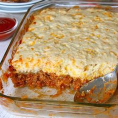 It's an easy twist on traditional sloppy joes that's flavorful and delicious! The cheesy crust compliments the beefy tomato filling so well and makes for a quick and hearty weeknight dinner that the whole family