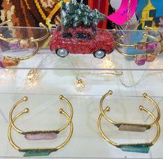 panthère de somalie: En route pour la Galerie Joseph ... Joseph, Decor, Decoration, Decorating, Dekorasyon, Dekoration, Home Accents, Deco, Ornaments