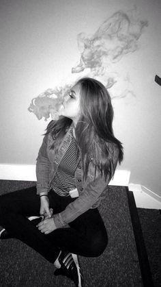 The USA shop for Vape Kits, E-Liquids and Vaping accessories Vape Smoke, Jess Conte, Bad Girl Aesthetic, Aesthetic Photo, Badass Aesthetic, Vape Tumblr, Rauch Fotografie, Vape Pictures, Juul Vape