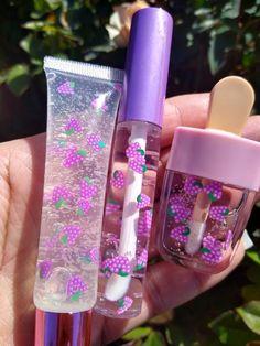 Lip Gloss Homemade, Flavored Lip Gloss, Purple Aesthetic, Aesthetic Makeup, Lip Gloss Set, Diy Lip Gloss, Gloss Labial, Glitter Lip Gloss, Cute Makeup