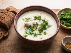 Chicken soup avgolemono is perhaps the most iconic of all Greek soups. The soup is thickened with eggs, and its flavor is brightened with lemon. Hearty Chicken Soup, Greek Lemon Chicken Soup, Lemon Soup, Chicken Soup Recipes, Chicken Soups, Garlic Soup, Quick Soup Recipes, Greek Recipes, Chili Recipes