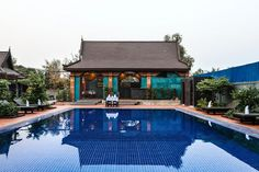 Offering an outdoor pool and barbecue, Green Empire Resort is located in Siem Reap. Guests can enjoy the on-site bar. Siem Reap, Barbecue, Outdoor Pool, Outdoor Decor, Empire, Mansions, House Styles, Euro, Inspiration