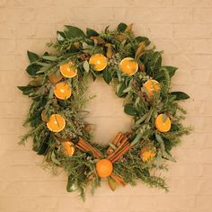 Holiday Wreaths You Can Make Yourself | HGTV Gardens