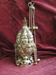 Hope Beel, Burning Incense, Antique Decor, Kawaii Cute, Metal Working, Catholic, Pendant Necklace, Antiques, Jewelry