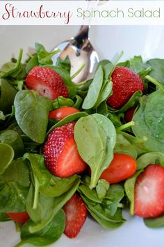 Summer Strawberry Spinach Salad Recipe with Maple Syrup Dressing- try this different version of maple vinaigrette- looks easy and tasty Spinach Salad Recipes, Summer Salad Recipes, Summer Salads, Lunch Recipes, Cooking Recipes, Dinner Recipes, Spinach Strawberry Salad, Strawberry Recipes, Strawberry Summer