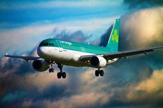 "Aer Lingus Airbus A320-214 EI-DVL ""St Moling / Moling"" on final approach to Dublin-Collinstown, October 2013. (Photo via Flickr: John Mooney)"