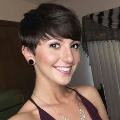 Fine and medium hair types are perfect for cute, easy hairstyles like the latest pixie haircuts – and so is thick or curly hair, too!  Look your best with one of these gorgeous, short pixie cuts with bangs, designed to suit different face shapes and fashion styles! Chic pixie cut with blunt bangs for fine …