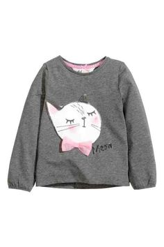 Designer Clothes, Shoes & Bags for Women Toddler Girl Outfits, Kids Outfits, Baby Girl Fashion, Kids Fashion, Kind Mode, Kids Wear, Graphic Sweatshirt, Vogue, Clothes