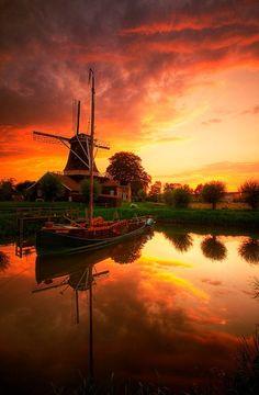 **Windmill Pelmolen 'Ter Horst' in Rijssen (Overijssel), The Netherlands - #Netherlands #travel