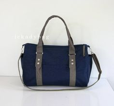 SALE Messenger Bag / Diaper Bag / Tote in Navy blue & Gray Water-resistant Nylon / Duffle, Gym, Travel, Handbag, Shoulder bag, unisex, men