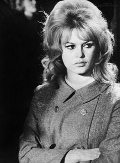 Brigitte on the set of La bride sur le cou, 1961