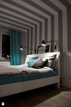 HOLE to another Universe - Średnia sypialnia małżeńska, styl eklektyczny - zdjęcie od SHOKO.design