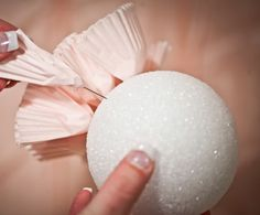 These fun DIY wedding pom poms are easy to make and look lovely. Spotted at Kara's Party Ideas, all you need is cupcake liners, styrofoam Cupcake Liner Crafts, Cupcake Liners, Cupcake Wrappers, Cupcake Liner Flowers, Cupcake Flower, Cupcake Holders, Cupcake Cases, Diy Flower, Wedding Pom Poms