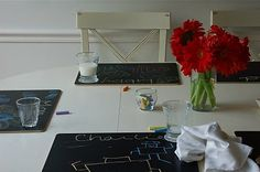 Chalkboard placemats. These look like so much fun  :)