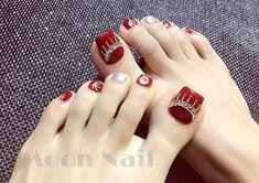 Móng chân Cute Toe Nails, Sexy Nails, Hot Nails, Trendy Nails, Feet Nail Design, Toe Nail Designs, Nail Polish Designs, Pedicure Nail Art, Toe Nail Art