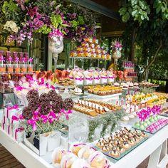 Ideas For Wedding Reception Buffet Table Mini Desserts Wedding Candy, Wedding Desserts, Mini Desserts, Wedding Snacks, Candy Table, Candy Buffet, Wedding Catering, Wedding Reception, Catering Menu