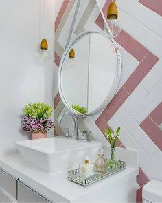 """1,369 curtidas, 19 comentários - Manual Decor (@manualdecor) no Instagram: """"Bom dia com este banheiro clean e delicado. Lindo não acham?  #manualdecor ⠀ Projeto por Marília…"""""""