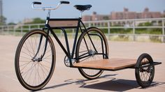 side car bike - The Brooklyn-based Horse Brand Co. studio has designed a sidecar bike that puts all others to shame in terms of both its practicality and refinemen. Velo Retro, Velo Vintage, Bicicletas Raleigh, Bicycle Sidecar, Velo Cargo, Side Car, Bike Trailer, Bicycle Maintenance, Bicycle Design