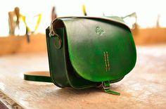 Petja / Kožená kabelka zelená lovecká