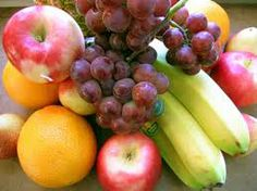 Is raw food diet healthy? What do raw fooders eat, what is raw food diet plan. Feel vibrant and healthy by eating a raw food diet for weight loss. Organic Recipes, Raw Food Recipes, Diet Recipes, Healthy Recipes, Whole30 Recipes, Diabetic Recipes, Delicious Recipes, Recipies, Healthy Eating For Kids
