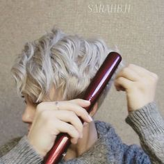 """Mini flatiron curls   just decided to film myself doing my hair today and this is what I came up with.  •Products used- •Mini flatiron (can't find brand, sorry!) •1"""" flat iron from @sallybeauty •BTZ spray wax •BTZ shine hairspray Stylist @sarahchambray Toner wella t18"""