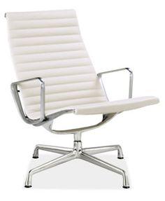 Eames. En lugar de una silla de oficina normal