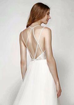 Willowby available at Flossy & Willow. Bradford on Avon near Bath.#willowbybywatters #watters #bridal #designerweddingdress #weddingdress #laceweddingdress #backlessweddingdress #flossyandwillow