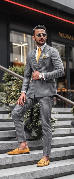 Formal Suit Outfit Ideas For Men Formal outfit ideas for men. Formal dress code for men.Formal outfit ideas for men. Formal dress code for men. Fashion Casual, Mens Fashion Suits, Men Casual, Urban Fashion, Casual Menswear, Jackets Fashion, Casual Shoes, Look Formal, Men Formal