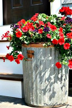 There's nothing TRASHY about this very COOL planter! ✿✿✿ 944370_10151675006350070_338618249_n.jpg 406×609 pixels