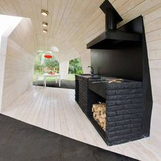 Wooden Wave Gazebo // black brick outdoor kitchen island design with bbq and hood design Unusual Wooden Gazebo Design Adding Contemporary Style to Backyard Ideas Diy Outdoor Kitchen, Outdoor Rooms, Outdoor Living, Outdoor Furniture Sets, Rustic Outdoor, Outdoor Kitchens, Barbecue Gazebo, Backyard Bbq, Backyard Ideas