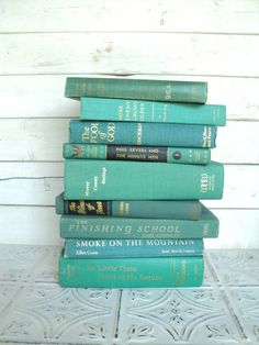 Ocean Books Instant Library Collection Decorative Books Photography Props Turquoise Books by the Foot Teal Green Aqua Blue Teal Green, Aqua Blue, Viva Color, Mint Green Aesthetic, Green Books, Blue Books, Ocean Colors, Book Photography, Outdoor Photography