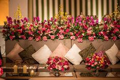 Casamento-de-luxo-Victoria-Joao-lounge-florido-Foto-Greif-Fotografia