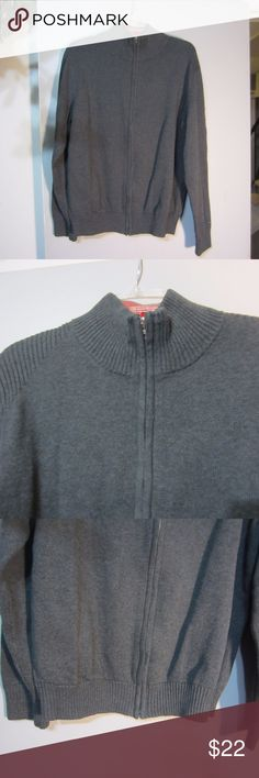 Tommy Hilfiger Men,s Crew Neck Sweater Sz. XL Like new condition! Perfect for the winter ! Front zip up gray color.. Tommy Hilfiger Sweaters Zip Up