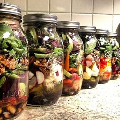 Smart idea: pack your brown-bag lunch in a mason jar to avoid leaks