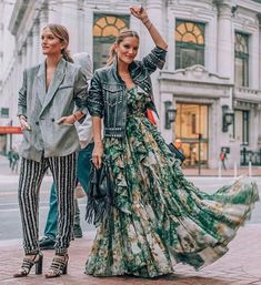 ' – Russia Fashion Trend For Fall/Winter! Bohemian Style, Boho Chic, Russia Fashion, Love Fashion, Fashion Trends, Womens Fashion, Fashion 2020, Fashion Tips, Boho Boutique