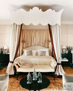Bedroom Designs By Top Interior Designers: Robert Couturier Contemporary Curtains, Contemporary Decor, Small Bedroom Designs, Master Bedroom Design, Pune, Dreams Beds, Luxurious Bedrooms, Luxury Bedrooms, Traditional Bedroom