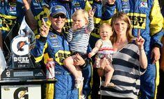 Greg Biffle dominates, but teammate Matt Kenseth wins second Duel at Daytona