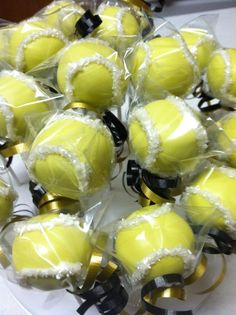 Now that's a snack! Tennis Cake, Tennis Party, Cute Food, Yummy Food, Team Snacks, Inspired By Charm, Family Cake, Team Gifts, Party Ideas