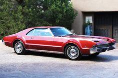 Oldsmobile-Toronado.jpeg
