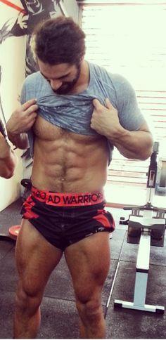 Stupid Seth with his stupid perfect body! Damn!