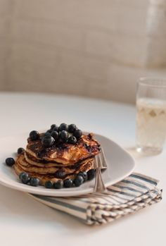 Amazing gluten-free blueberry-lemon oatmeal Greek yogurt pancakes: http://cookieandkate.com/2012/blueberry-lemon-yogurt-pancakes/lemon blueberry
