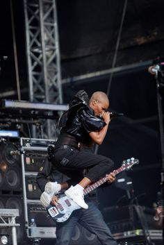 Skunk Anansie by Dan Archer  - was never into their stuff until I caught them live, all I can say is go see Skunk Anansie live, it's fucking insane