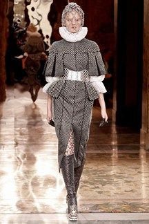 AUTUMN/WINTER 2013-14 READY-TO-WEAR