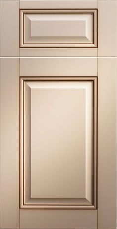 Merillat Classic Glen Arbor Door Style In Cotton Paint