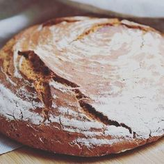 Ach Ja, German Bread, Bread Baking, Food Art, Camembert Cheese, Sandwiches, Rolls, Dairy, Food And Drink