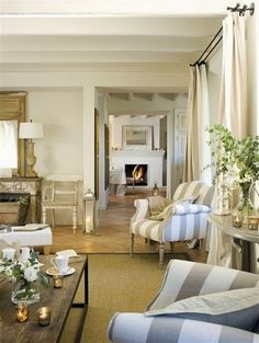 South Shore Decorating Blog: Hump Day Happiness! 30 Beautiful Rooms