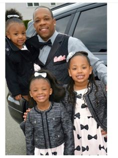 Michael Bivins and his girls