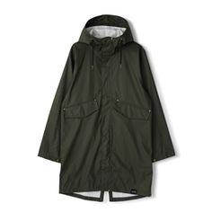 This PU rain parka is crafted from recycled polyester made out of recycled PET bottles. The Urban Parka features the classic parka design with high pockets and a large sturdy hood that protects you against the wind and rain. Best Rain Jacket, Rain Jacket Women, Ladies Wellies, Coats For Women, Jackets For Women, Rain Parka, Wind And Rain, Pet Bottle, Padded Jacket