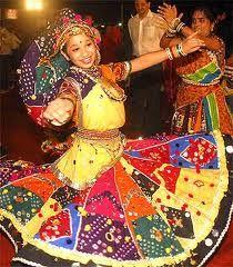 Garba Dance, Garba Dancers